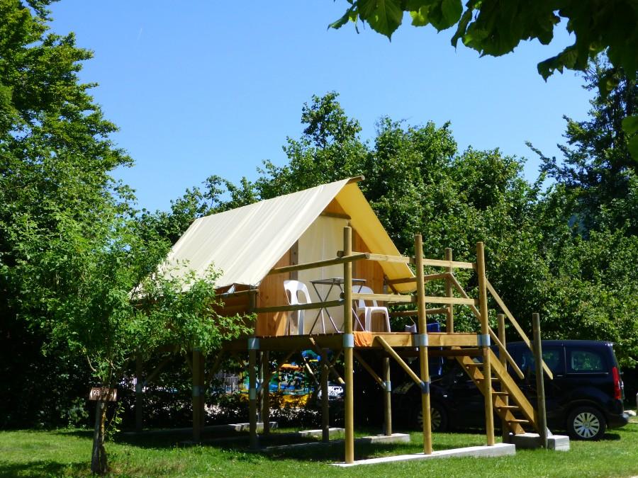Tente Canadienne & Tent on piles | Camping Sites et Paysages de Martinière *** Summer ...