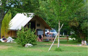 Tente familiale prêt a camper